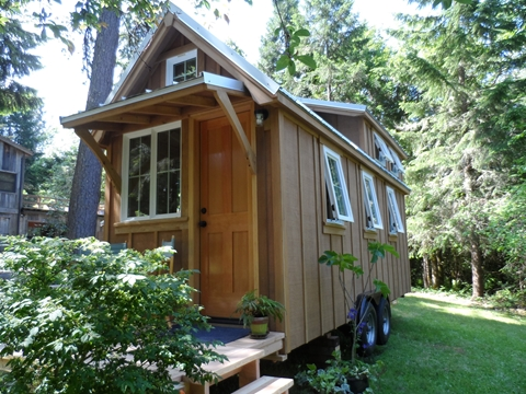 tiny-house-on-wheels-by-oregon-cottage-company-05