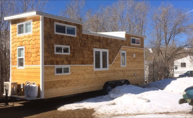 28 Tiny House On Wheels Built For A Family Of Four