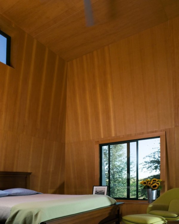 tiny-lighthouse-cabin-butler-armsden-architects-yolo-county-cabin-006