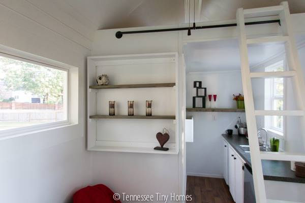 tiny-whitey-tennessee-tiny-home-for-sale-00015