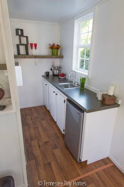 tiny-whitey-tennessee-tiny-home-for-sale-0009