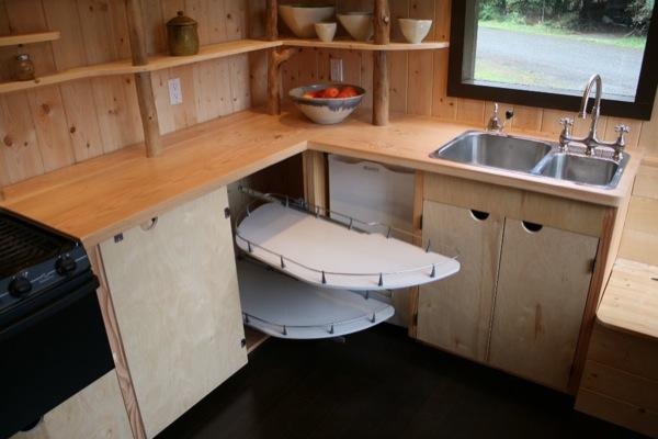 tonys-caravan-tiny-house-by-hornby-island-caravans-0012