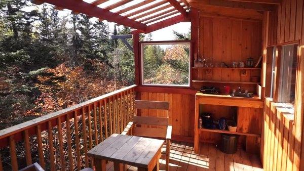 tree-cabins-on-stilts-002