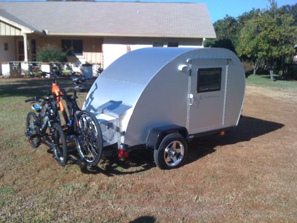 trekker-trailer-bicycle-rack-teardrop-camper-01