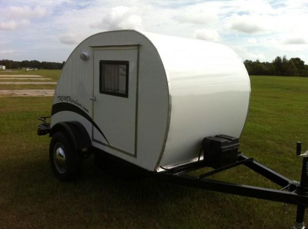 trekker-trailers-simple-sleeper-teardrop-camper-02