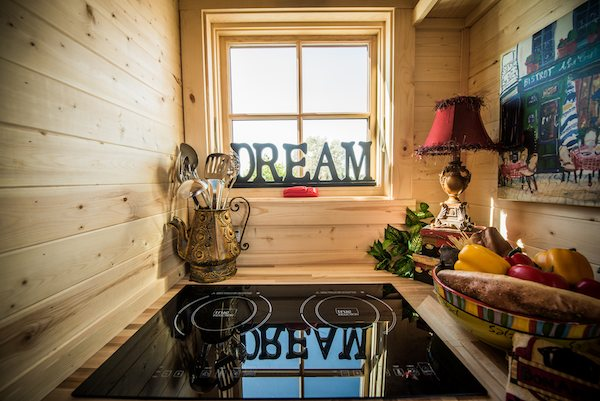 Elm 18 Overlook 117 Sq Ft Tumbleweed Tiny Home On Wheels