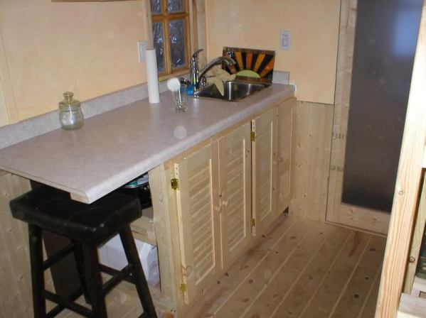 tumbleweed-fencl-gungy-kitchen-cabinets