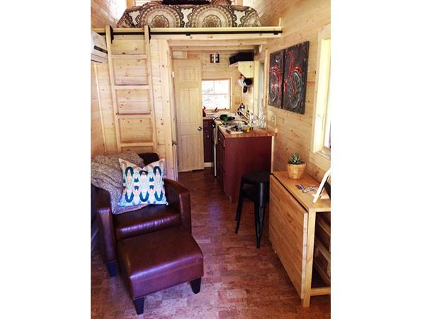 tumbleweed-linden-tiny-house-vacation-rental-06
