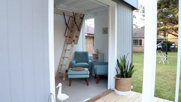 two-story-pop-up-tiny-house-010