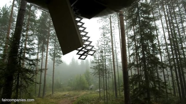 ufo-like-treehouses-in-forest-002