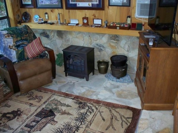 villa-big-retired-army-generals-tiny-cabin-office-get-away-0024