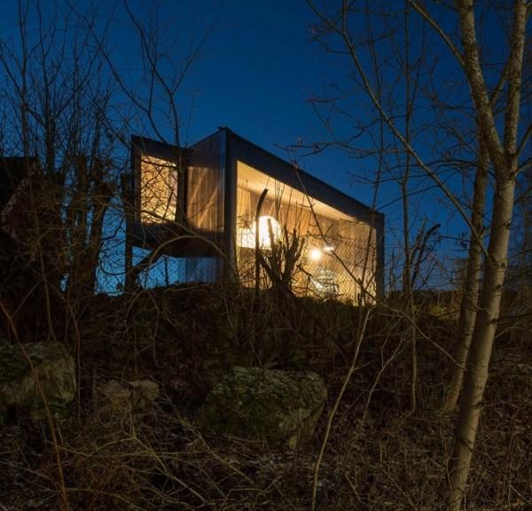 Modern Backyard Writer's Cabin Cottage