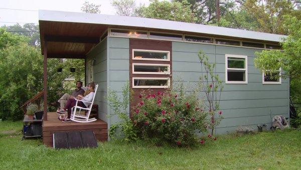 Couple Move into a Modern 330 Sq. Ft. Tiny Studio Cabin