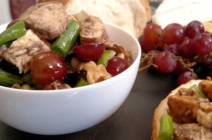 Balsamic Chicken Walnut Salad with grapes in a bowl