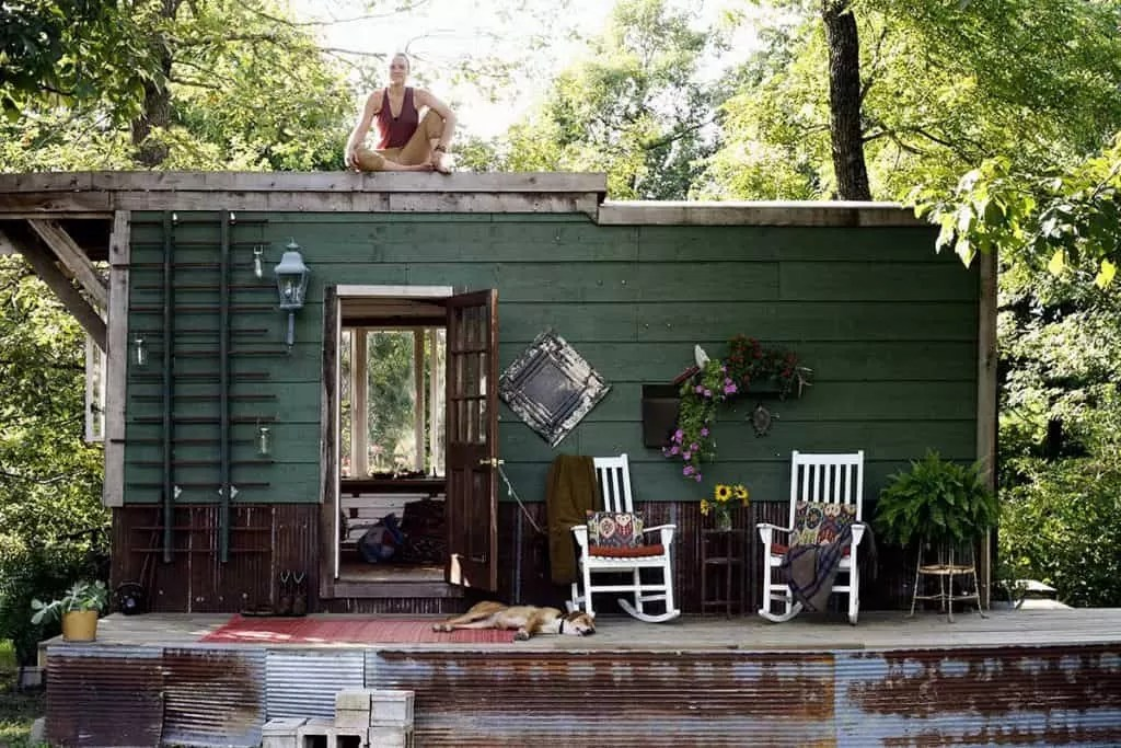 Tiny Home Use Second-Hand Construction Materials