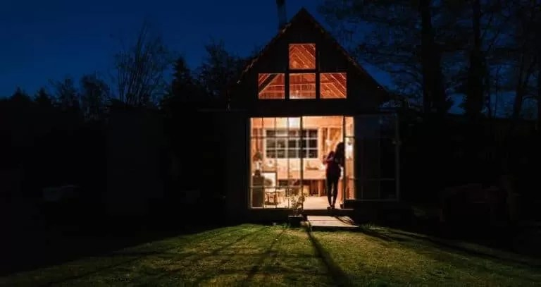 How to use LED lights as tiny house solutions