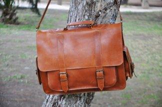 sac en cuir camel format cartable bandoulière
