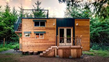 How To Downsize to A Tiny House: Advices from Tiny House Expert
