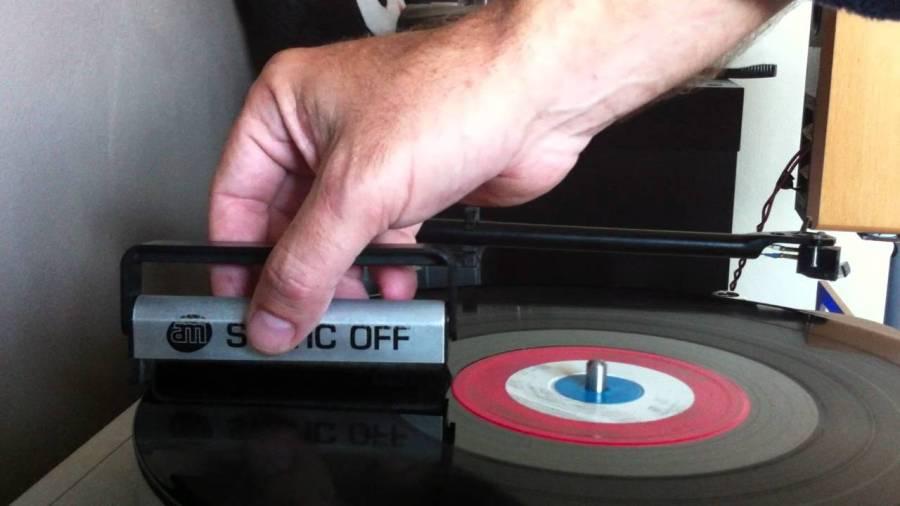 carbon fiber brush - best way to clean vinyl records