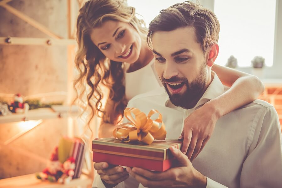 wife gifting husband for valentine's day
