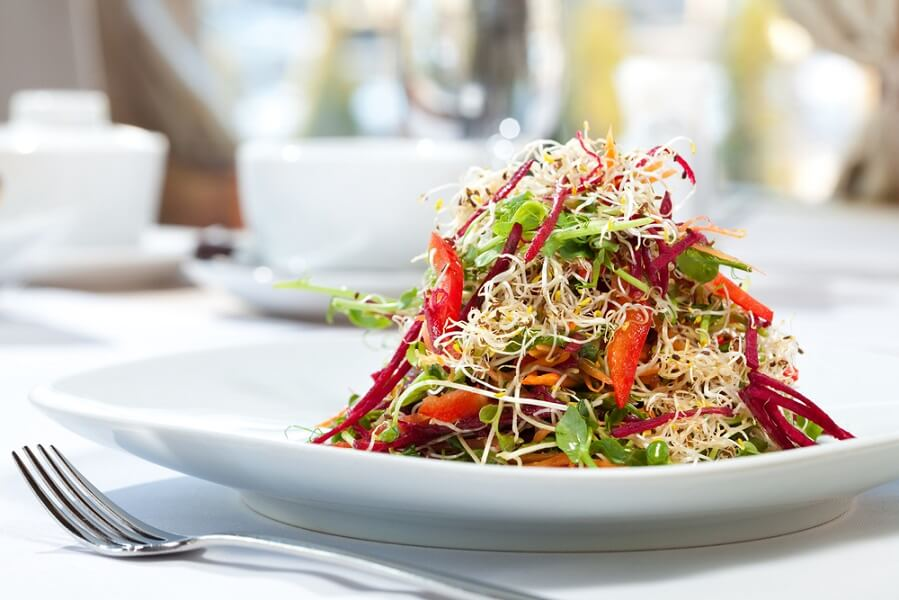 crunchy sprouts salad