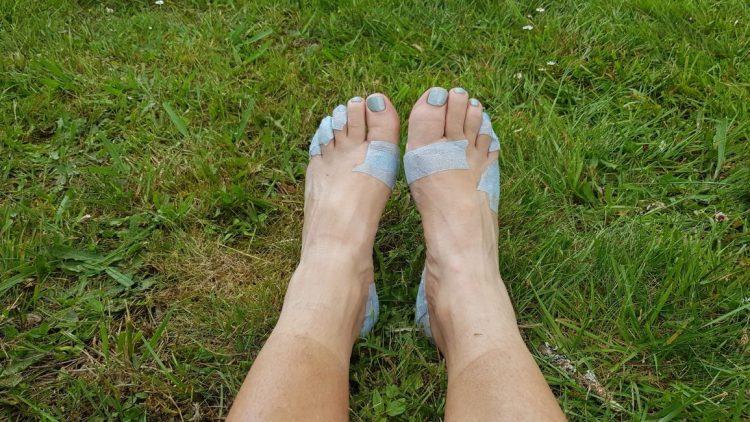 Te Araroa Trail Taping feet for blister prevention