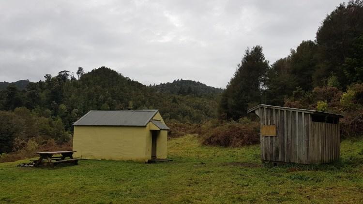 Hacket hut