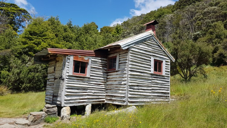 Chaffey hut - Cobb Valley - Kahurangi National Park