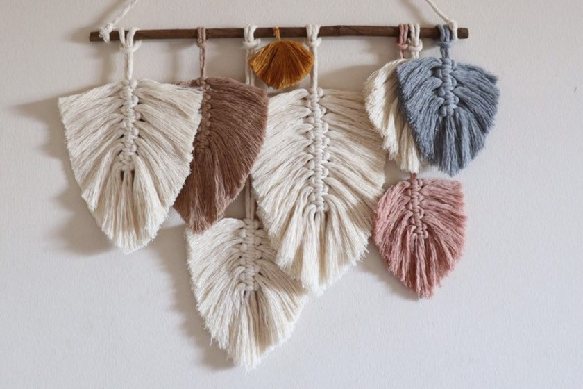 Random Design T macrame feather wall hanging kit
