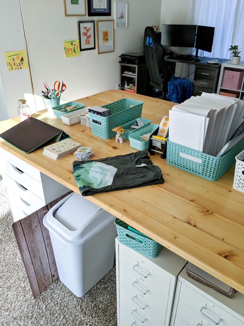 Paola's Pixels home office space