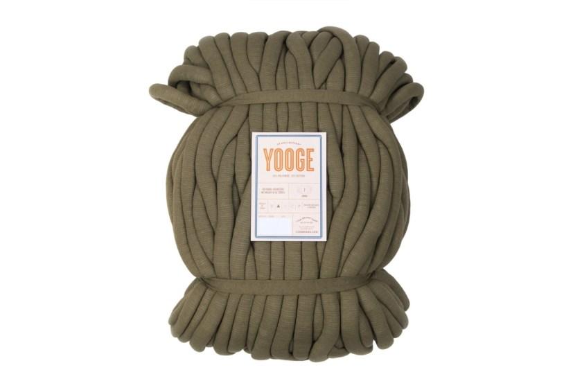 Lion Brand Collection Yooge jumbo yarn for arm knitting