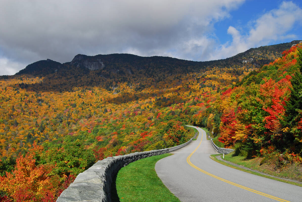 Fall In The Smoky Mountains Wallpaper Scenic Drives Blue Ridge Parkway Tioga Tours