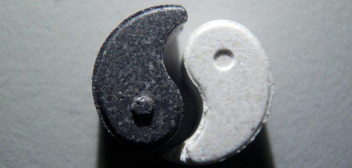 XTC yin yang