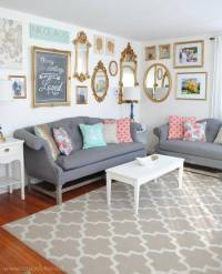 28 Ideas for Gorgeous DIY Gallery Walls | Tip Junkie