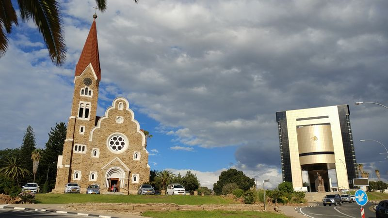 Windhuk - eine sehr schöne Stadt, leider aber doch mit Kriminaltität