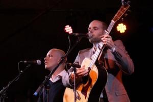 Mega Hit Tribute Show 'Simon & Garfunkel Through The Years' Comes To Birr