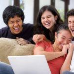 Luar Biasa! Berikut Manfaat Tertawa Untuk Kesehatan Tubuh Anda