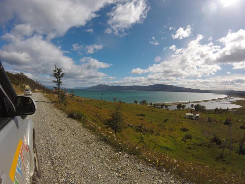 Vista sul Lago Fanano ad Ushuaia nella Patagonia argentina
