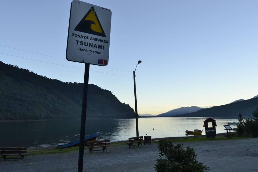 Zona tsunami a Puyuhuapi in Cile sulla Carrettera Austral