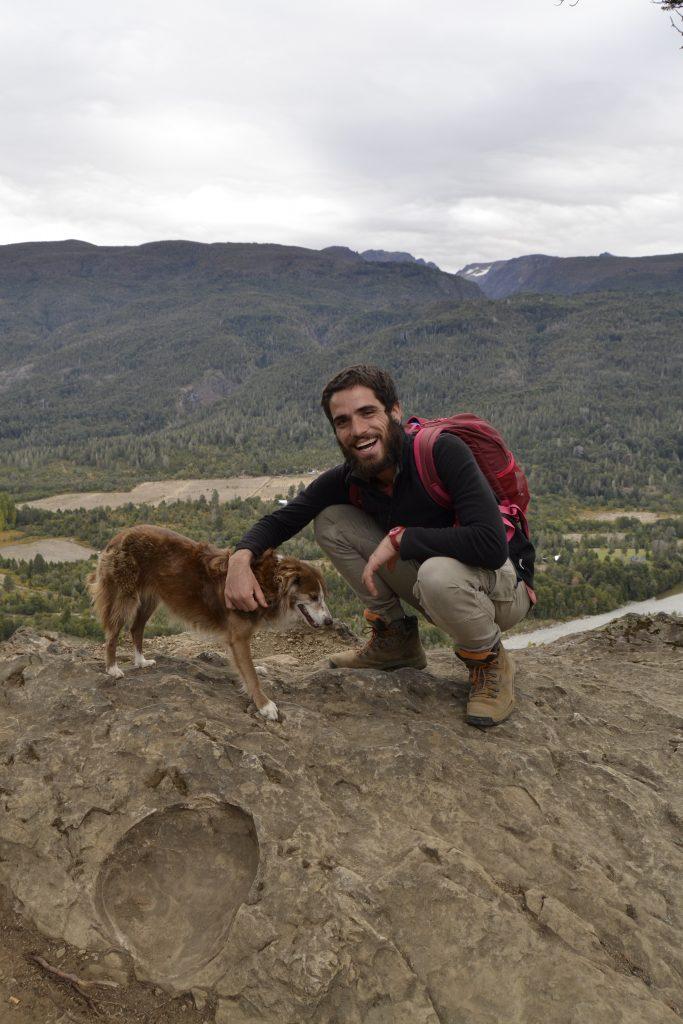 Leo e Cara nel percorso per La Cabeza del Indio a El Bolson Argentina