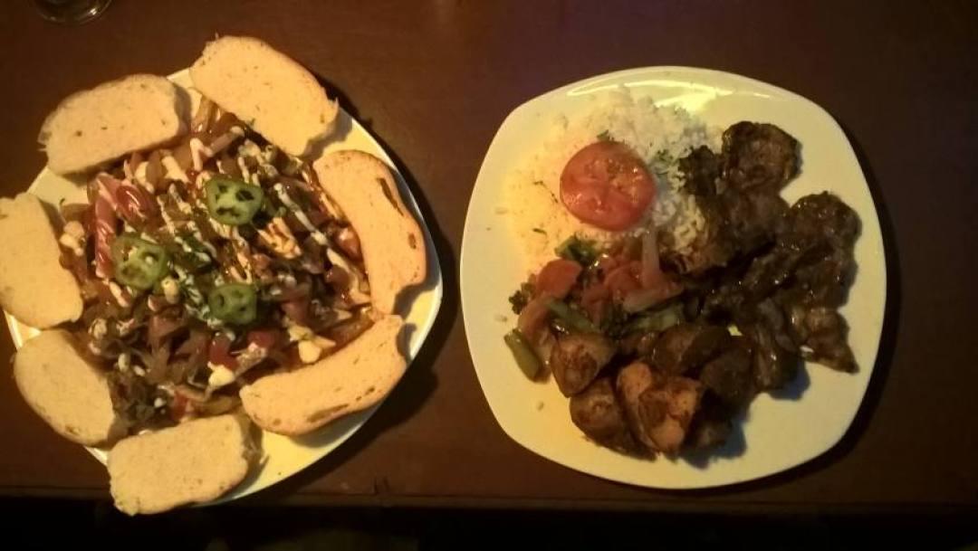 Piatti tipici boliviani ad un ristorante di Tupiza in Bolivia