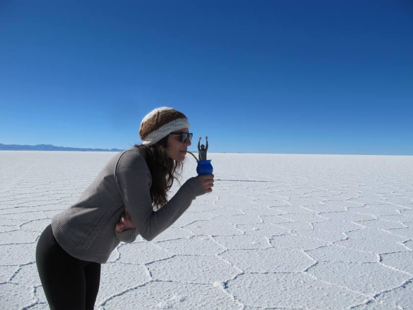 Foto tipica di prospettiva al Salar di Uyuni in Bolivia