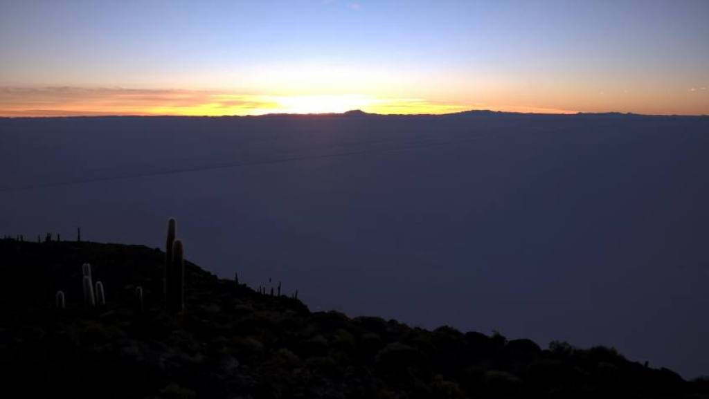 Salar Uyuni all'alba