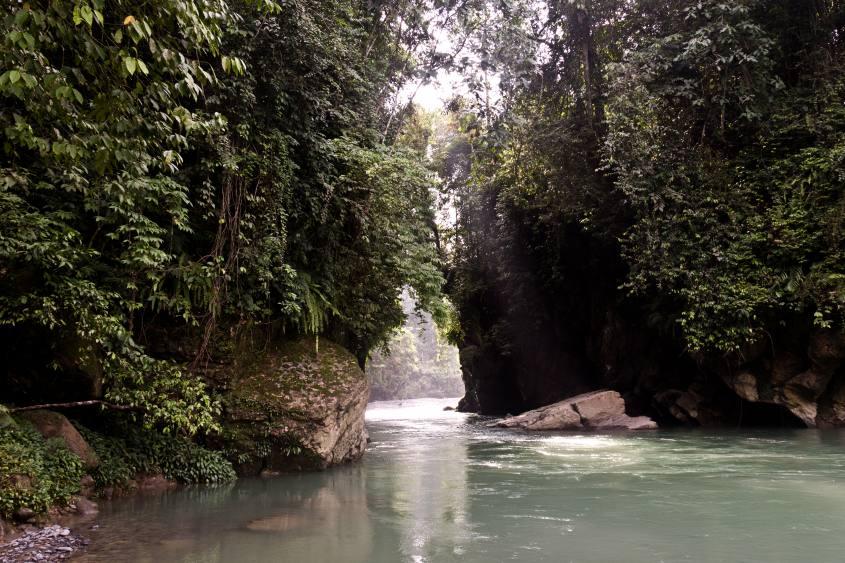 fiume-indonesia-sumatra