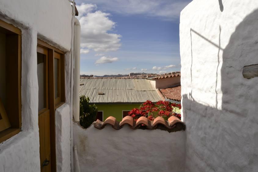Piccoli scorci con vista nei vicoli di Sucre in Bolivia