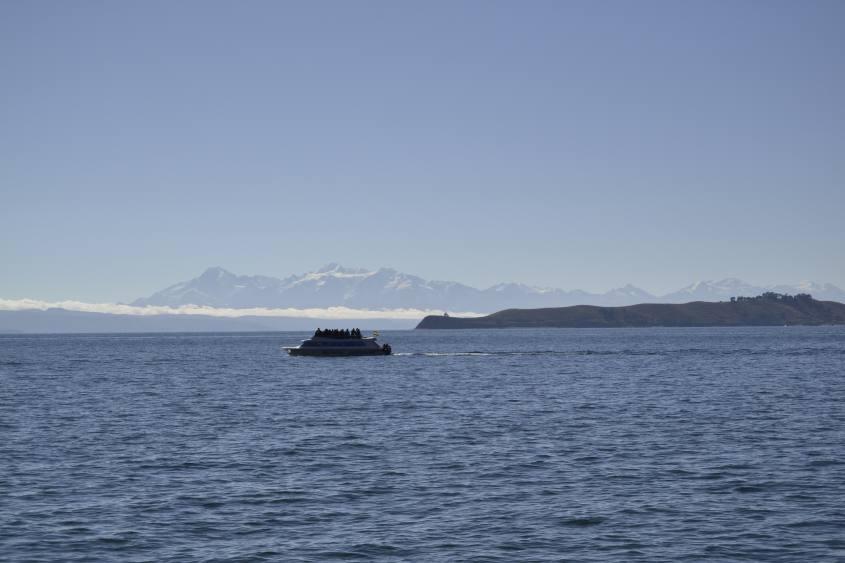 Vista sul lago Titicaca in Bolivia