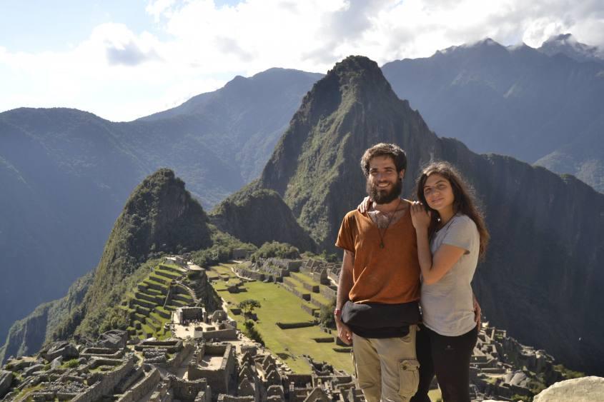 Classica foto di coppia a Machu Picchu