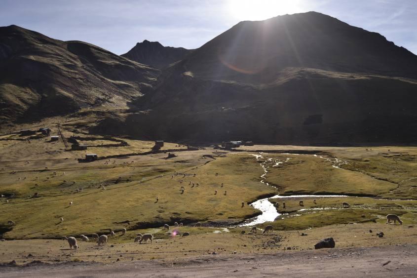 Villaggio di Hanchipata-Quesuno durante il trekking alla montagna Vinicunca/Arcoiris in Perù