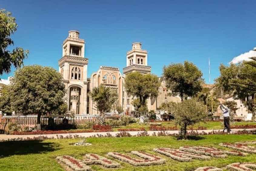 Plaza de Armas di Huaraz, la piazza centrale