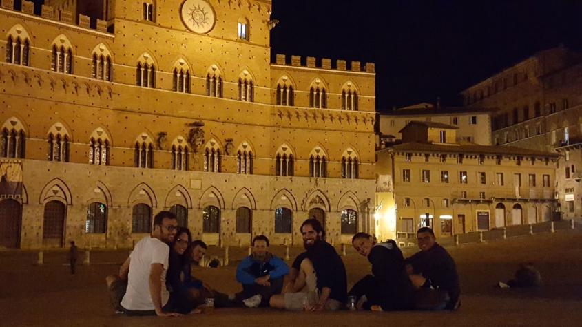 Gruppo Via Francigena Piazza del Campo Siena
